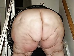 Big fat granny ass to lick and spank